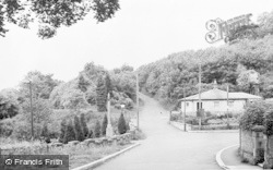 Felton, Memorial Corner c.1955