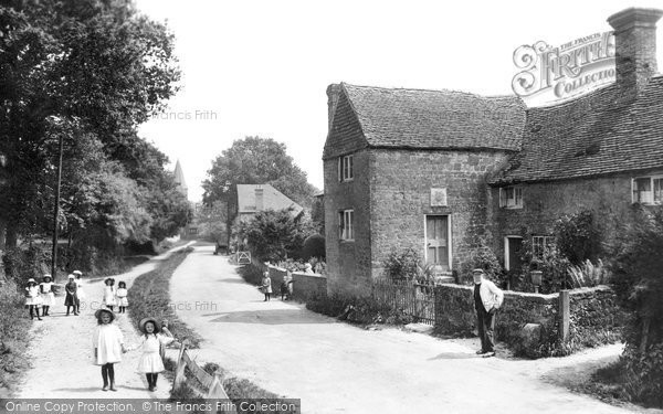 Fernhurst, 1913