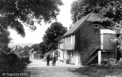 Fernhurst, Spread Eagle Inn 1908