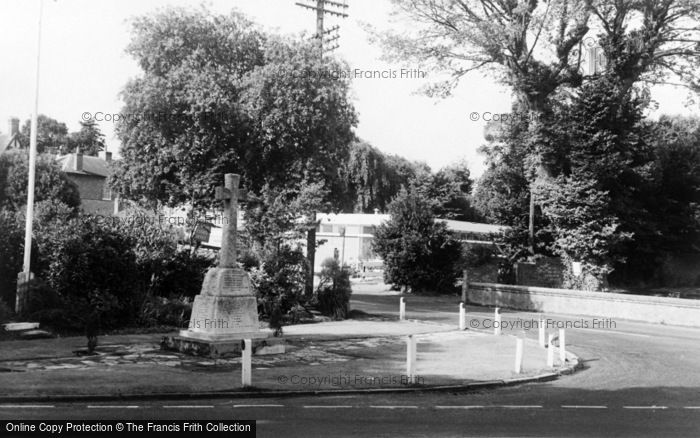 Photo of Ferring, The Memorial c.1960