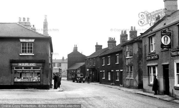 Photo of Ferrybridge, Front Street c.1955