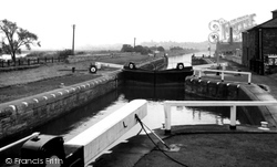 The Canal c.1955, Ferrybridge