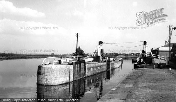 Photo of Ferrybridge, The Canal Locks c.1955