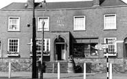 Fetcham, the Bell Inn c1965
