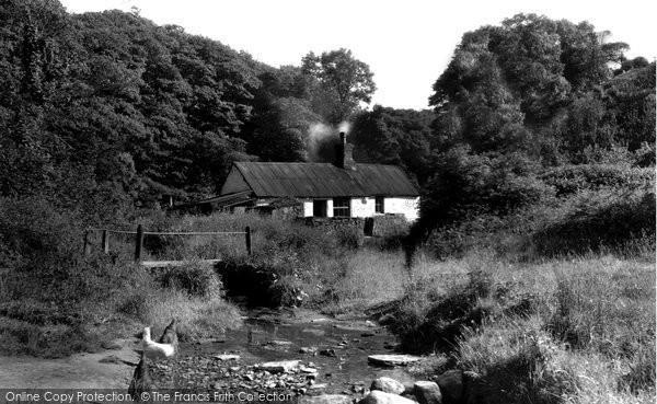 Ffynnongroyw, Cottage c1955