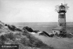 Point Of Ayr Lighthouse c.1950, Ffynnongroyw