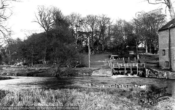 Figheldean, the Sluice Gate c1955.  (Neg. F95006)  © Copyright The Francis Frith Collection 2008. http://www.francisfrith.com