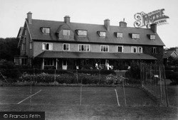 Filey, Linkfield Guest House c.1935