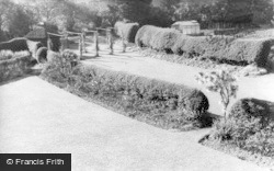 Filey, Linkfield, The Lawns c.1960