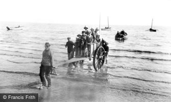 Filey, the Boat Cart 1927