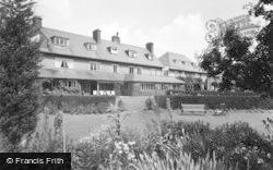 Filey, The Linkfield Hotel, Primrose Valley c.1960