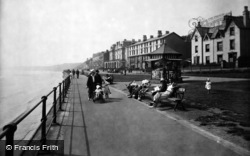 Filey, The Parade 1932