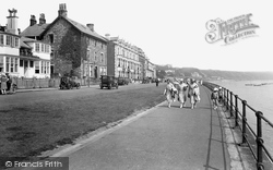 The Parade 1932, Filey
