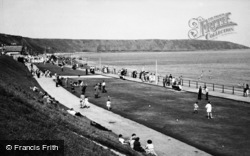 Filey, The Putting Green c.1960