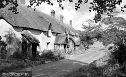 The Almshouses c.1960, Filleigh