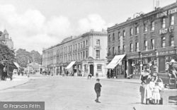 Finchley, Broadway, Church Lane c.1900
