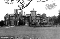 Finchley, Finchley Central, Avenue House c.1960