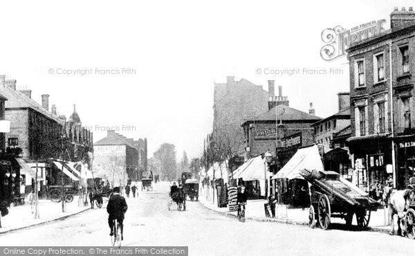 Photo of Finchley, High Road c.1890