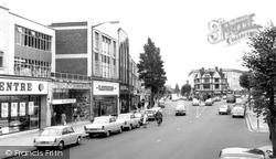 Finchley, High Street c.1965