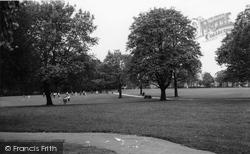 Finchley, Victoria Park c.1965
