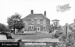 Greyhound Inn c.1960, Findern