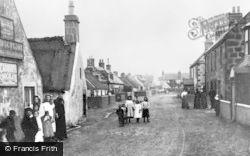 Findhorn, High Street c.1900