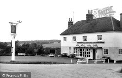Fingringhoe, The Whalebone Inn c.1960