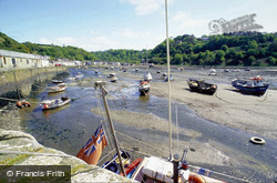 Lower Town, Gwaun Estuary c.2000, Fishguard
