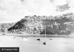 Fishguard, Tower Hill From Lower Town c.1950