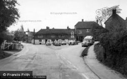 The Swan c.1960, Fittleworth