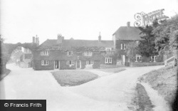The Swan Hotel 1932, Fittleworth