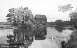 Fladbury, The River Avon c.1960