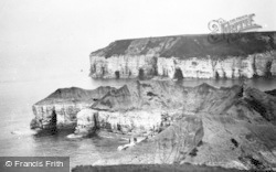 Flamborough, Thornwick Headland c.1932