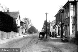 Fleet, Fleet Road Near Post Office 1903