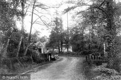 Fleet, Minley Road And Mill 1903