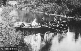 Fleet, Rowing on the Basingstoke Canal 1908