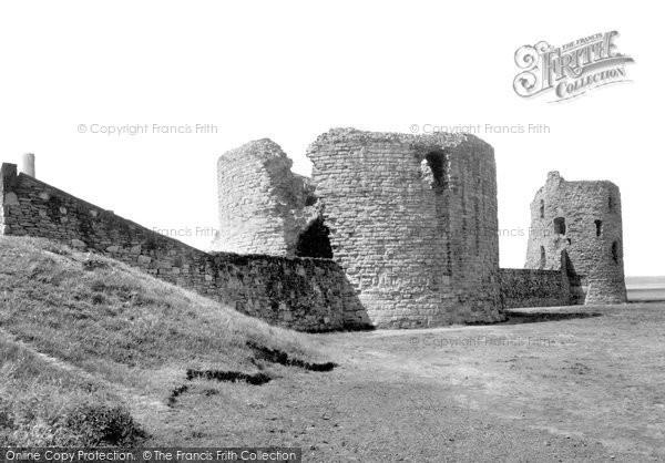 Flint, the Castle c1950