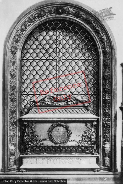 Photo of Florence, Basilica Of San Lorenzo, Tomb Of Giovanni And Piero De' Medici c.1910