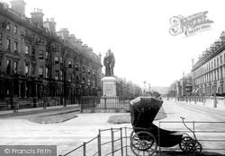 Harvey Statue 1887, Folkestone