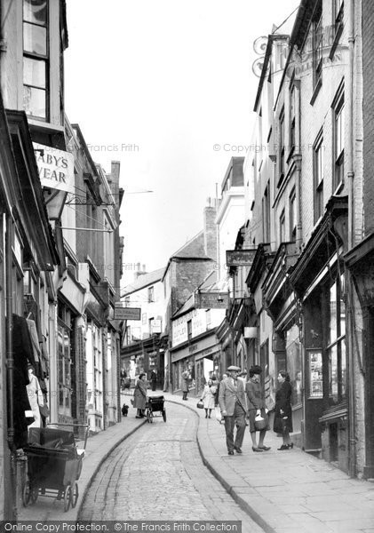 Old high street summer of 1966 a nostalgic memory of folkestone photo of folkestone high street c1955 solutioingenieria Images