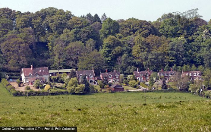 Fonthill Gifford photo