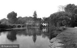 Fordingbridge, The River Avon c.1960