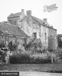 Invermay Old House c.1955, Forteviot