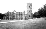 Fountains Abbey photo