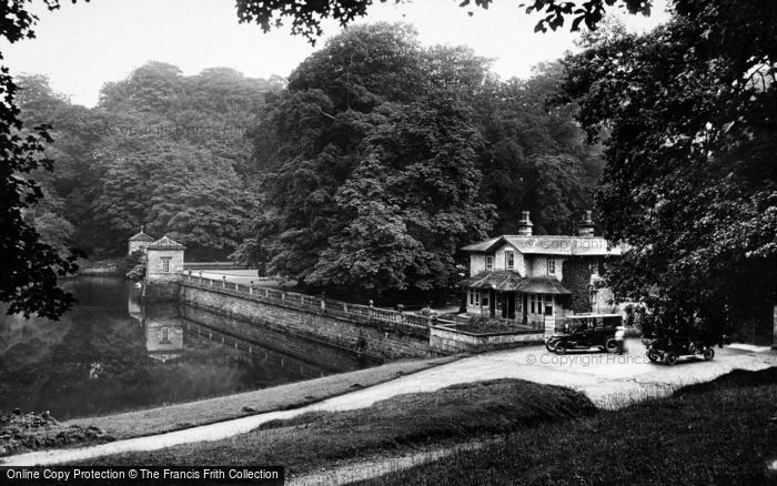 Photo of Fountains Abbey, Canal Gates 1914
