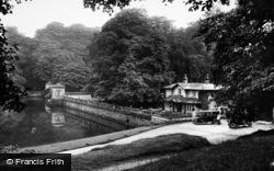 Canal Gates 1914, Fountains Abbey