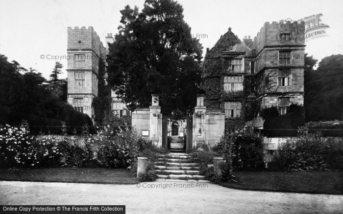 Photo of Fountains Abbey, Fountains Hall 1914