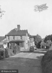 Cross Roads c.1950, Four Elms