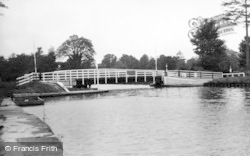 Frampton On Severn, Splatt Bridge c.1955
