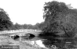 The Bridge 1906, Frampton